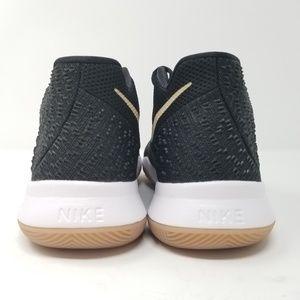 Black Linen 859466-092 7y Gradeschool Boys Kyrie 3 Sneakers New